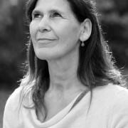 Yvonne Frei