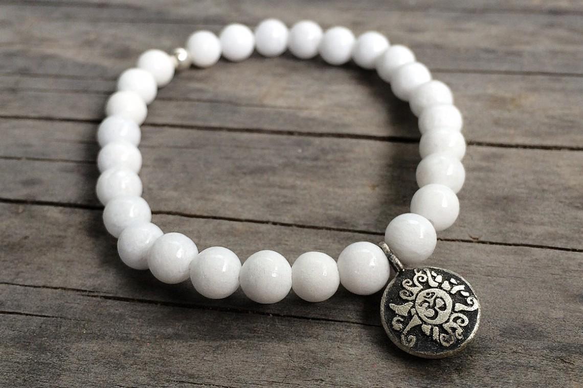 Hand-Mala weiße Jade mit Malamünze Silber
