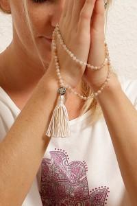 Rezitieren Mantra Mala