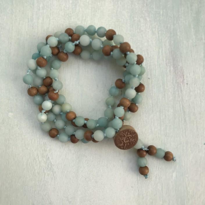 Mala Meditationskette Amazonit mit Sandelholz