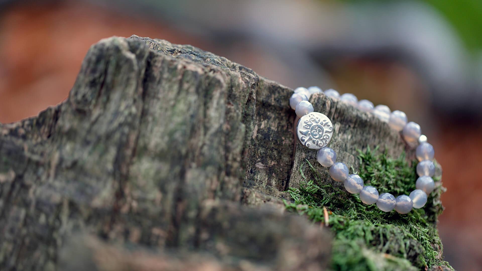 Hand Mala Silber