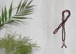 Mala Yogakette Granat