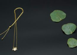 Halskette OM gold